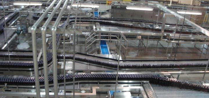 Bottle labelling production line from above