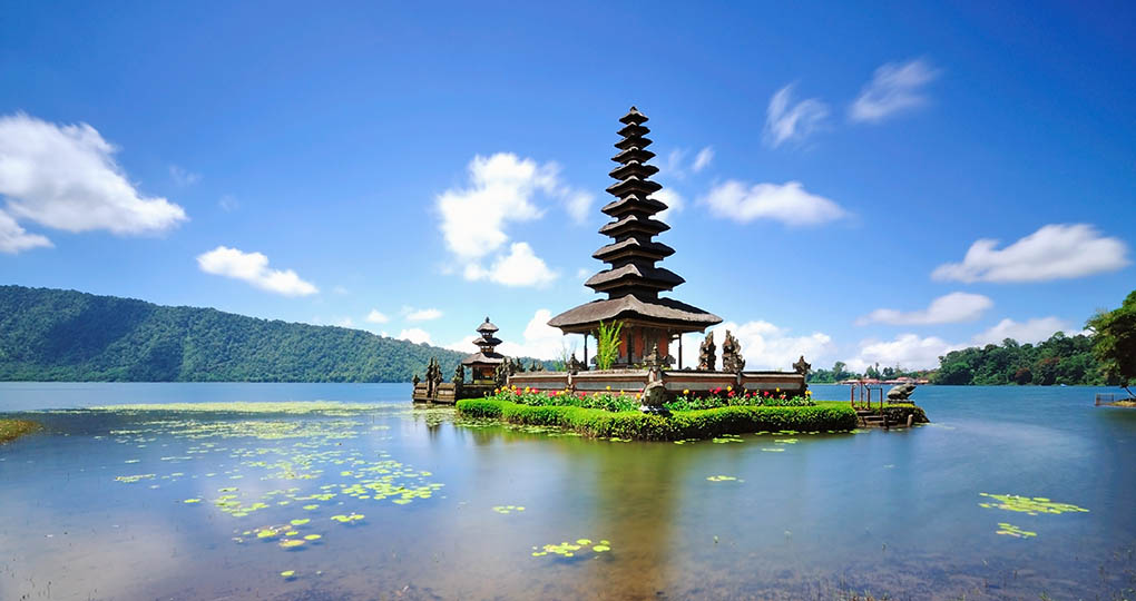 Temple Monkey Forest Amp Floating Temple Bali Vacation