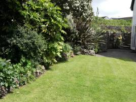 The garden at The Bower holiday cottage Rhossili, Swansea