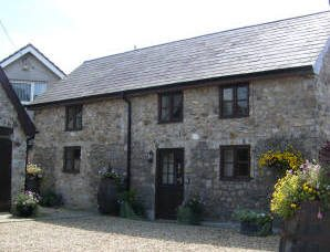 Cob Cottage self-catering accommodation, Scurlage, Gower