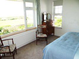 Bedroom 2 at Sunnyside holiday home, Rhossili, Gower Peninsula