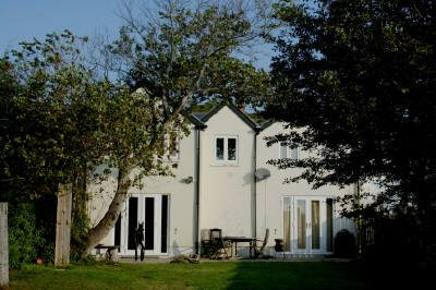 Swn Y Mor self-catering holiday cottage at Horton, Gower