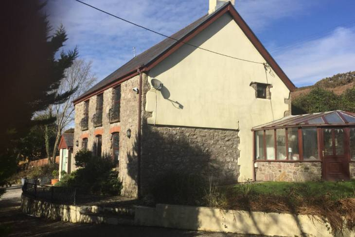 Self catering on Gower - Bayview Cottage. Llangennith