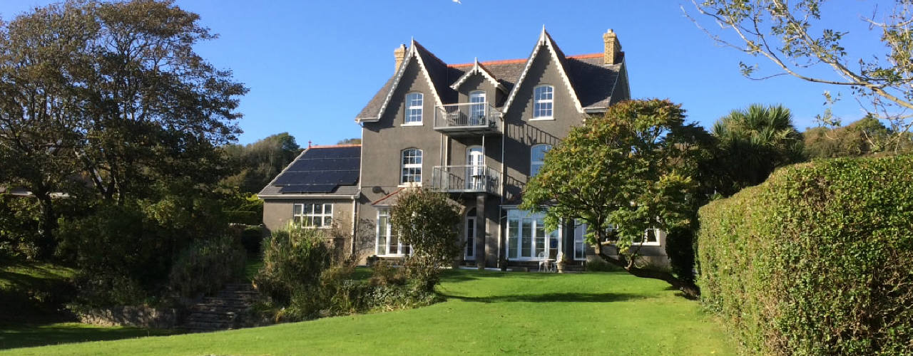 The Hollies self-catering accommodation, Horton, Gower