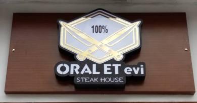 Oral Et Steak House