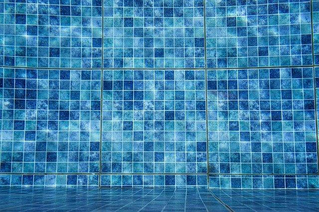 peritos piscinas