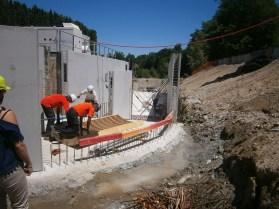 Construction du canal d'amenée