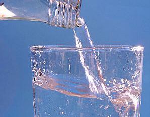 https://en.wikipedia.org/wiki/Mineral_water#/media/File:Stilles_Mineralwasser.jpg