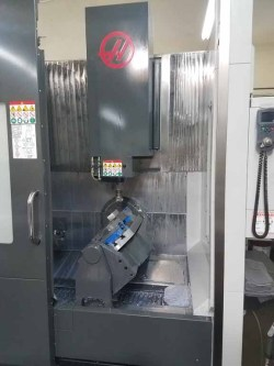 Milling - 8 CNC machining centers