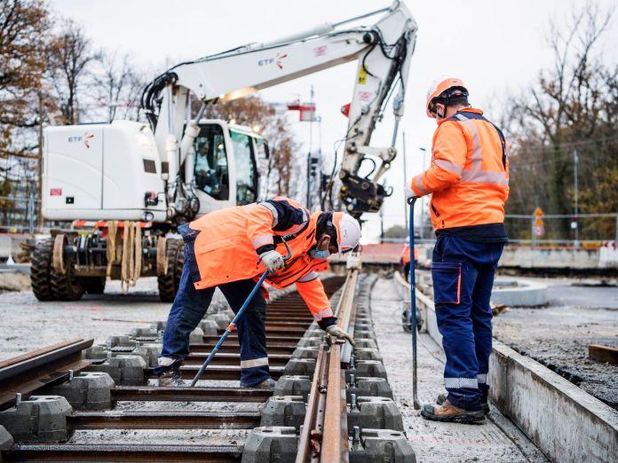 Tramway T10 pose des rails - Credit William Beaucardet