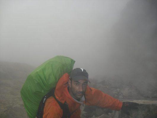 Stephan Perez dans la brume du GR20