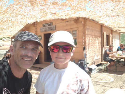 Loan 11 ans, et son papa, à Asinau - GR20