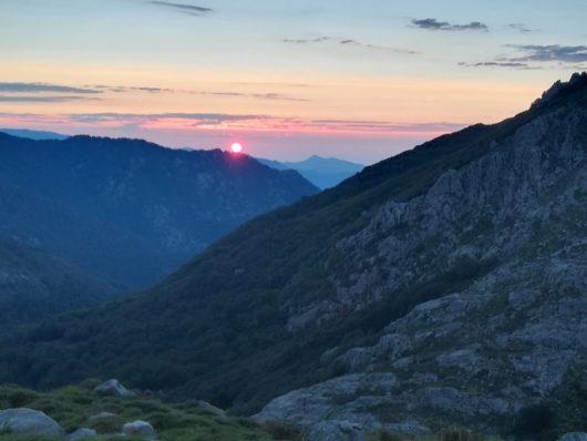 Partir à la fraiche : des levers de soleil magnifiques à coup sûr - Corse
