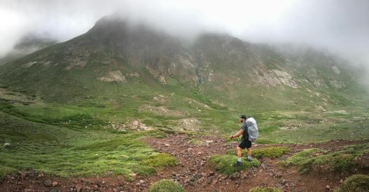montagne-corse-en-juin