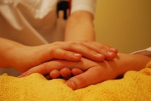 【サタデープラス】手で健康チェック!血流をよくする指先ピーン体操や爪もみのやり方