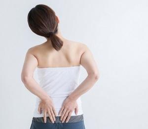 メレンゲの気持ち:腰痛予防に壁ペタ背中反らしのやり方!神ストレッチ