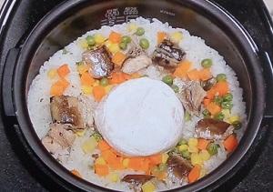 教えてもらう前と後:丸ごと炊飯器料理のレシピ3品!玉ねぎ、カマンベール、冷凍餃子