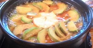 土曜はナニする 小鍋:えびとアボカドのグリーンカレー鍋のレシピ!