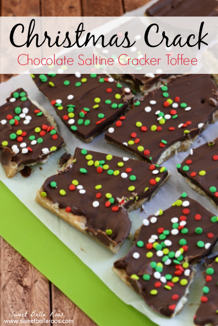 Christmas Crack aka Chocolate Saltine Cracker Toffee- this stuff is ridiculously easy to make and SO addicting! Perfect to gift or snack on #Christmas