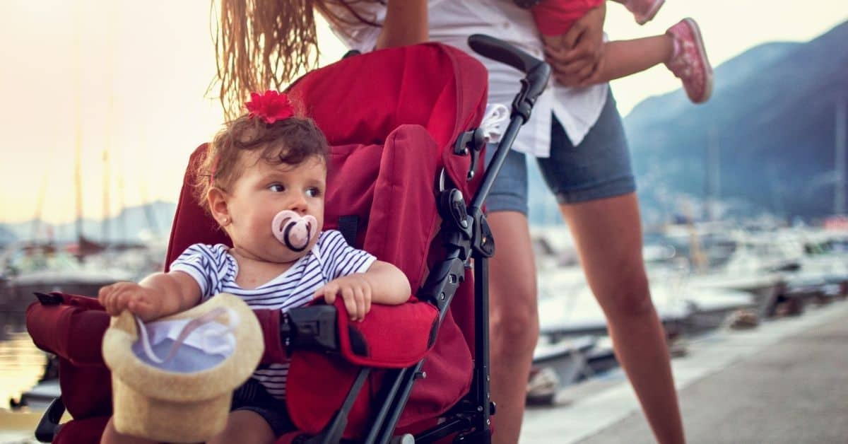 Traveling With Kids? Read these top tips for parents first!