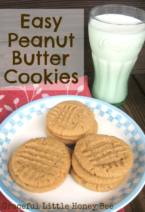 These peanut butter cookies only have 4 ingredients and they taste awesome!