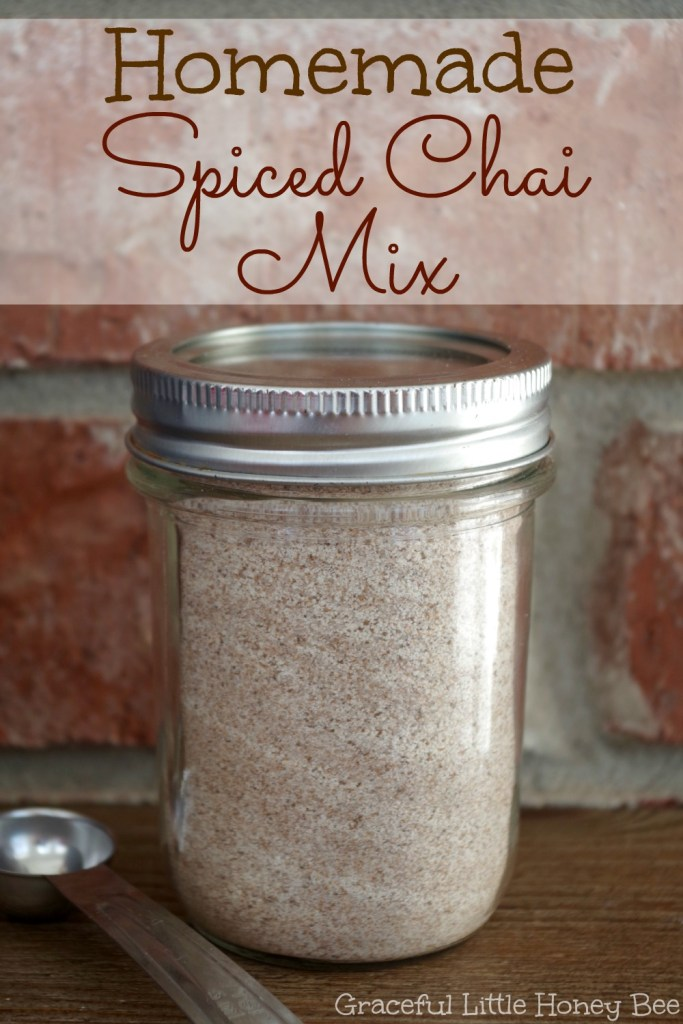 See how to make this easy and delicious Homemade Spiced Chai Mix on gracefullittlehoneybee.com #holidayswithmilos #drinkmilos #ad