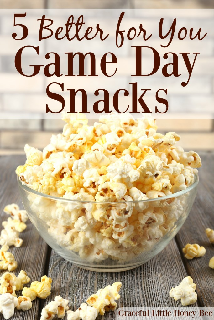 Check out this list of 5 better for you game day snacks that will give you the energy you need to cheer on your faovorite team on gracefullittlehoneybee.com #BOOMCHICKAPOP