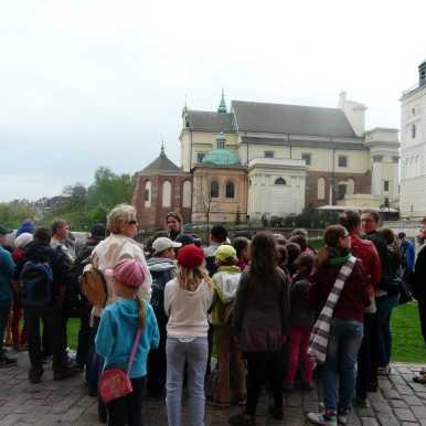 spacery po Warszawie, wycieczki po warszawie z przewodnikiem