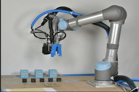 Building Themselves From Scratch: the Future of Robots