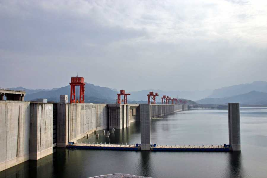 Credit%3A+%22Three+Gorges+Dam%22+by+Dan+Kamminga%2C+licensed+under+CC+BY-SA+2.0