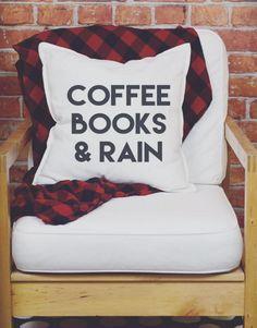 декоративна възглавничка в спалнята