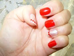 нокти бяло и червено