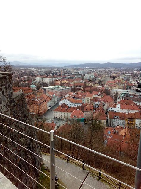 панорамна гледка от замъка