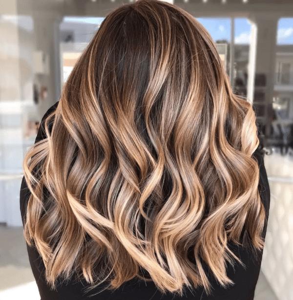 цвят на косата 2020 целуната от слънцето