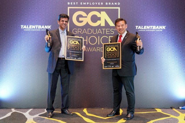 AirAsia named top employer in two categories at award ceremony