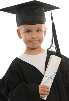 https://i1.wp.com/www.graduationsetc.com/images/Graduation_Kindergarten_xsmall.jpg