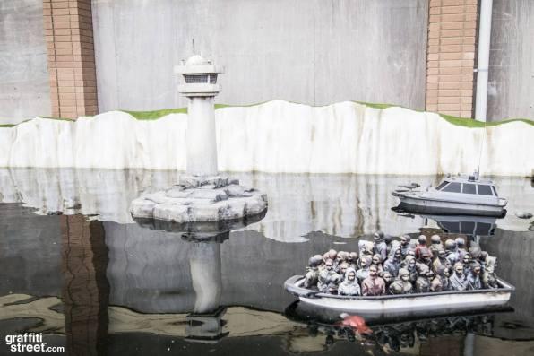 Banksy-Dismaland-GraffitiStreetdotcom-030