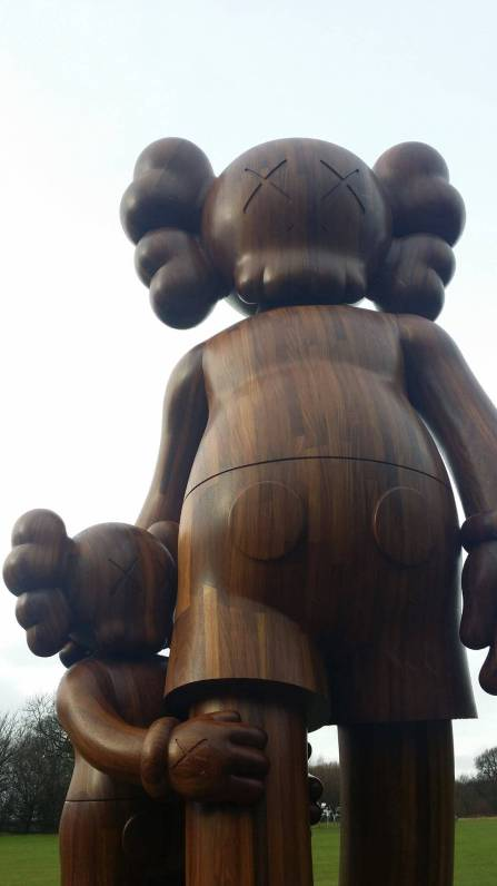 kaws-yorkshire-sculpture-park-2016-4