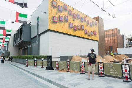 Ben Eine Dubai Walls Street Art Festival