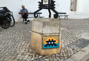 Space Invader, Faro Portugal Photo Credit Invader