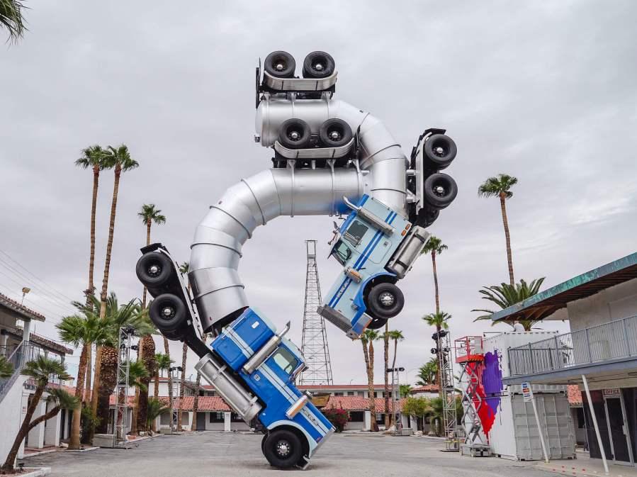 mike-ross-big-rig-jig-life-is-beautiful-street-art-festival-downtown-las-vegas-photo-credit-justkids