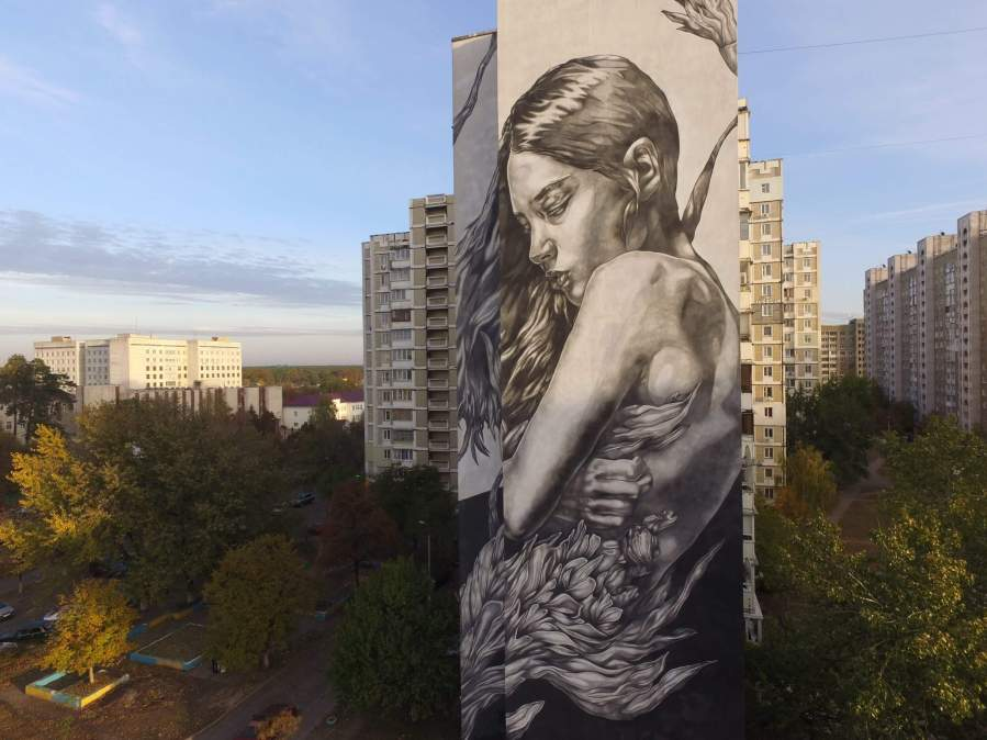 Paola Delfin, Art United Us Street Art Project, Kiev Photo credit @dronarium