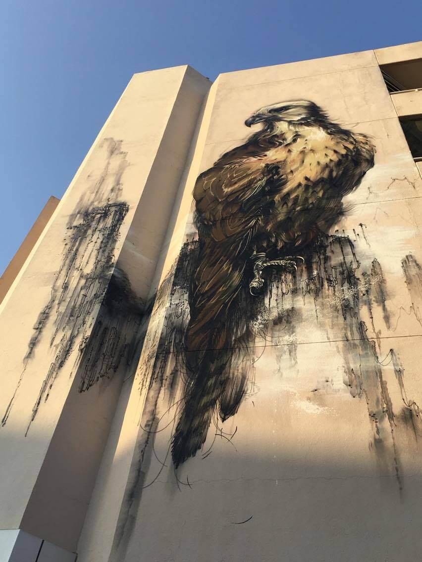Hua Tunan, Falcon Street Art, Dubai 2016. Photo credit Hua Tunan