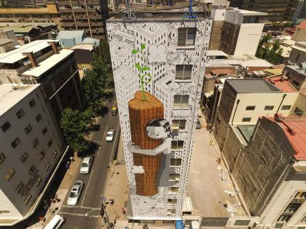 Millo, Street Art Santiago. Photo Credit Fotosaereas