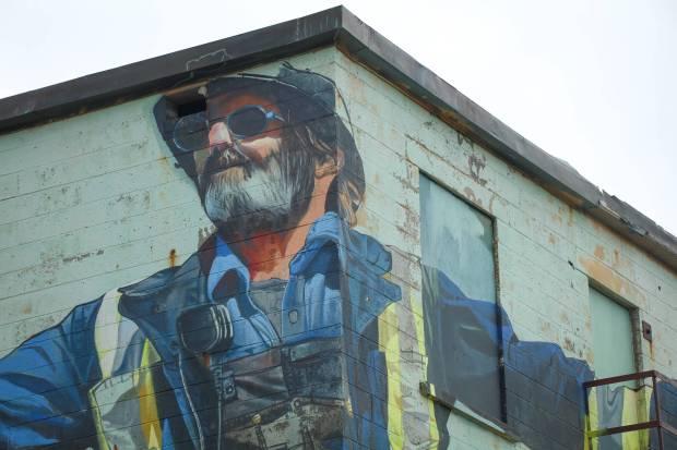 Case Maclaim, Pangeaseed Foundation, Sea Walls: Murals for Oceans Street Art Festival Churchill, 2017. Photo Credit Tré Packard