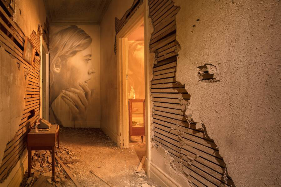 Rone-the-omega-project-street-art-abandoned-house-melbourne-women-the-hallway-1