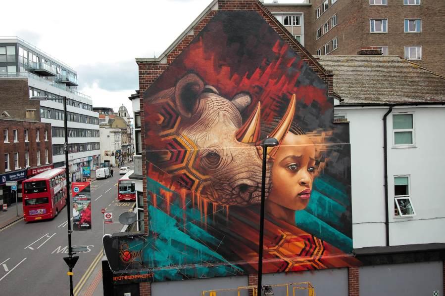 Sonny-street-art-endangered-animals-rhino-london-mural-3