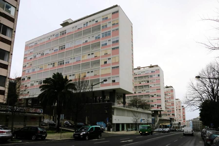 By Manuelvbotelho (Own work) [CC BY-SA 3.0 (https://creativecommons.org/licenses/by-sa/3.0)], via Wikimedia Commons