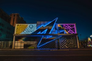 Pantone, Life is Beautiful, Urban Art Festival, Downtown Las Vegas 2017. Photo Credit Justkids