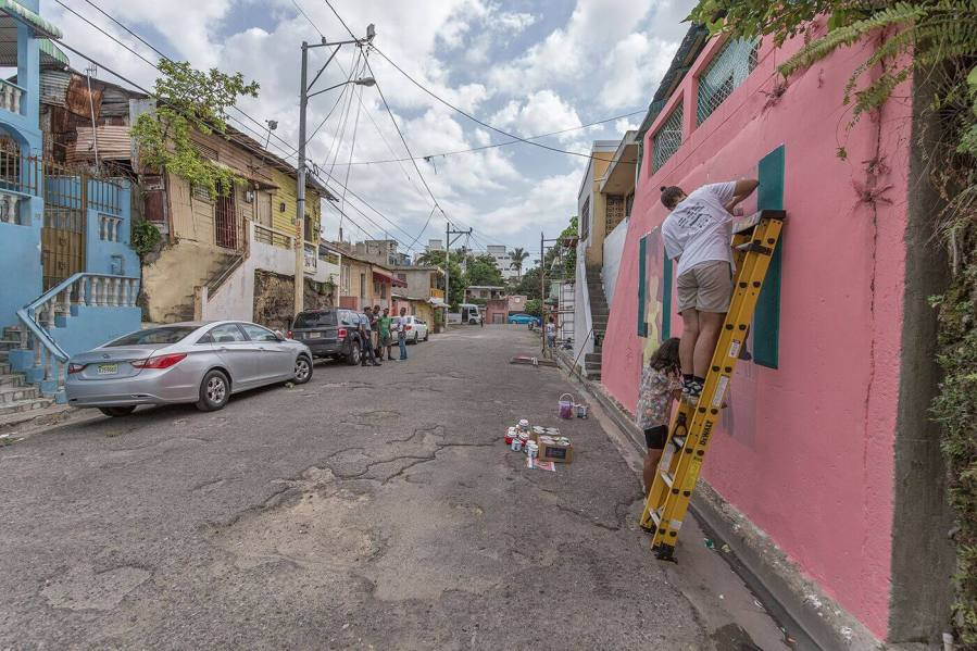 Los-Plebeyos-street-art-festival-hoy-villa-francisca-dominican-of-republic-pc-tostfilms-2